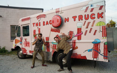 Food Truck Mania! 50 Fabulous Trucks Not to Pass By
