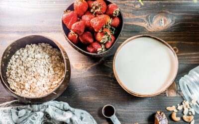 Strawberry Oatmeal – Fuel Your Morning With 5 Ingredients