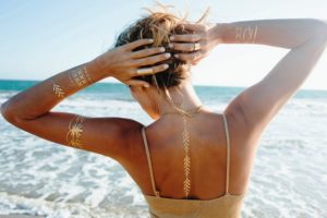 20 Metallic Inspired Temporary Tattoo Ideas