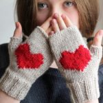 20 Cute Finger less Gloves Ideas To Try In Winter