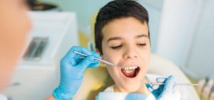 Top Tips for Maintaining Clean Teeth Between Dental Visits
