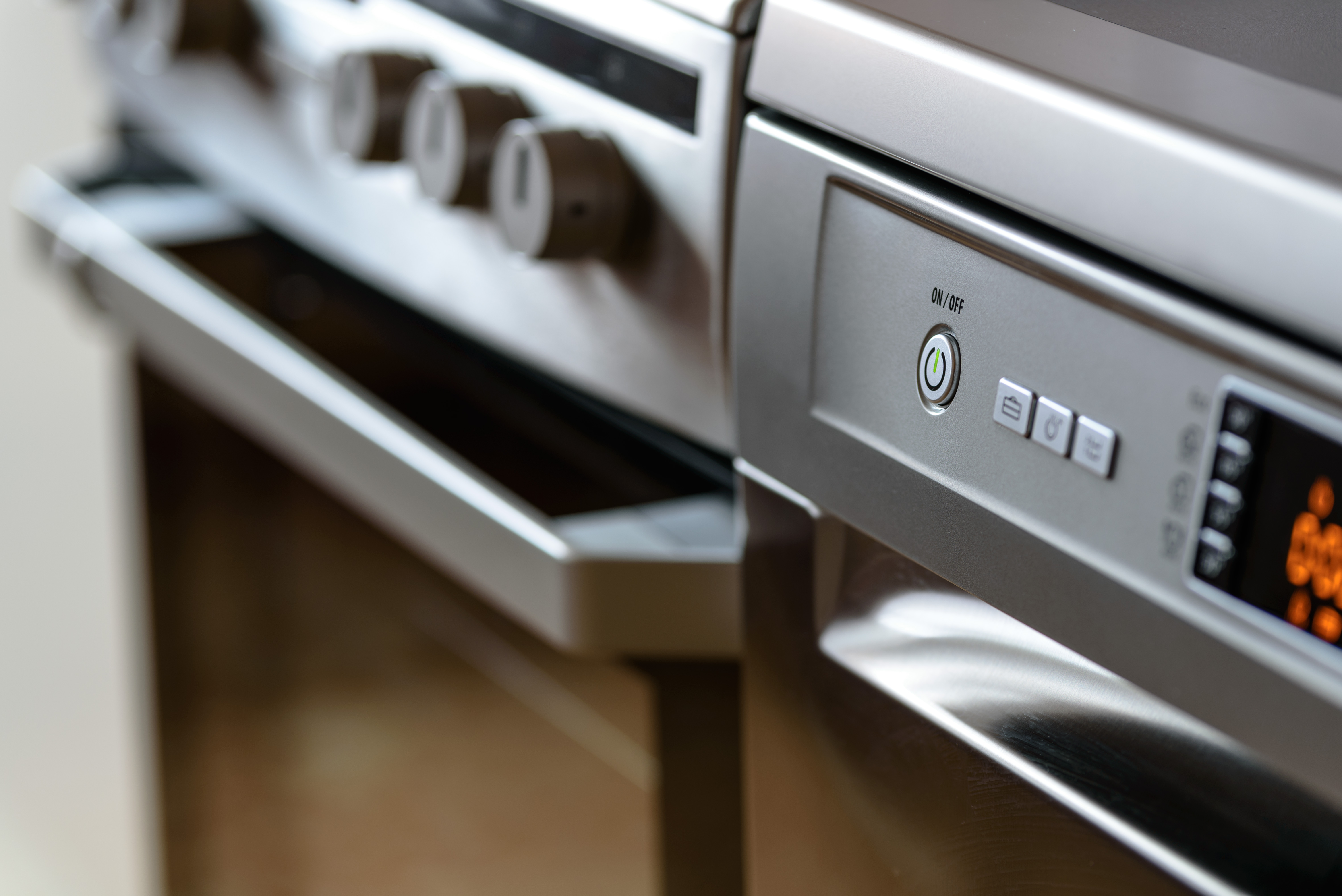 NEW * OVEN cleaning