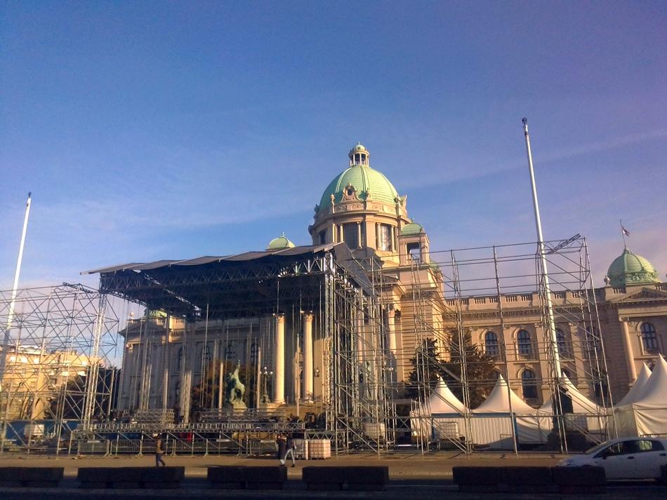 Izmene gradskih linija od ponedeljka zbog novogodišnjih koncerata kod Doma Narodne skupštine