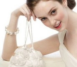 Glamorous Bridal Handbags Every Bride Should Carry On Weddings