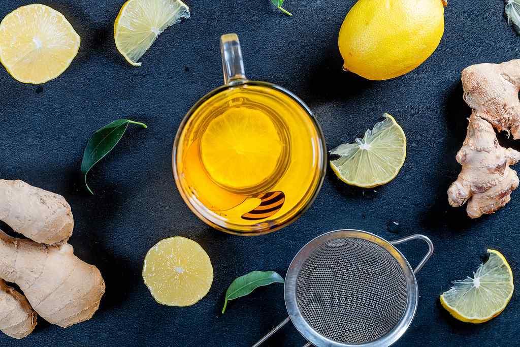 lemon ginger detox drink tea
