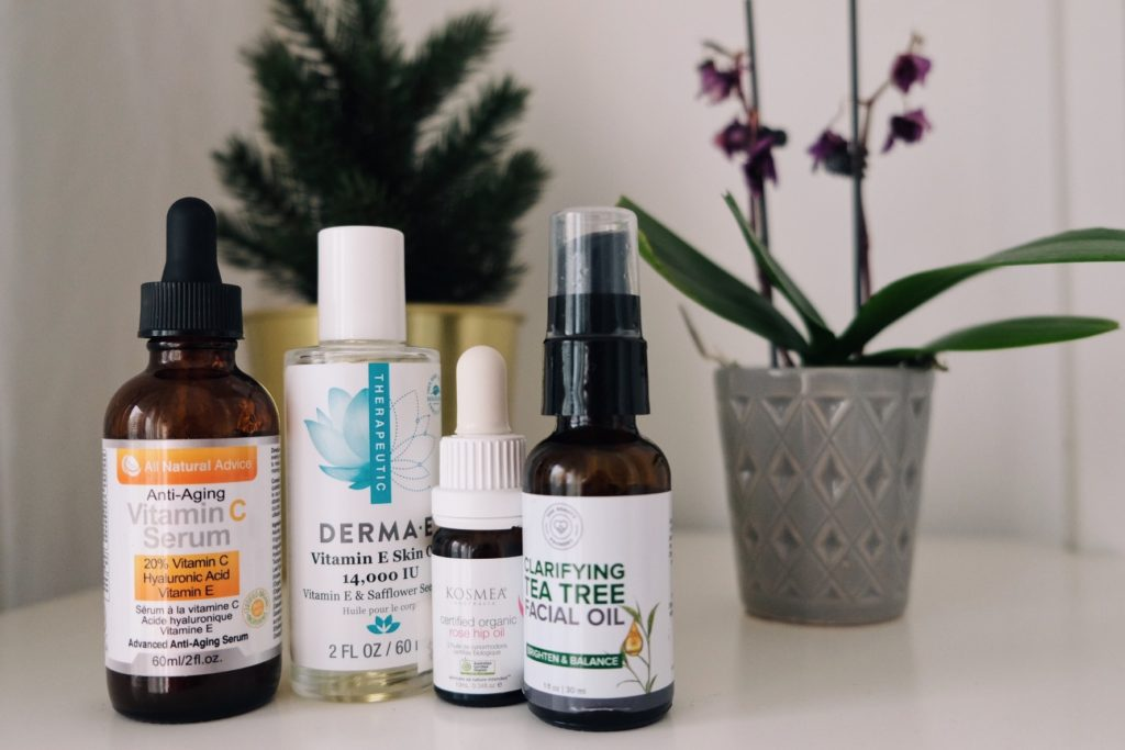 6 Top Pregnancy Essentials (for Every Trimester) - essentiail oils
