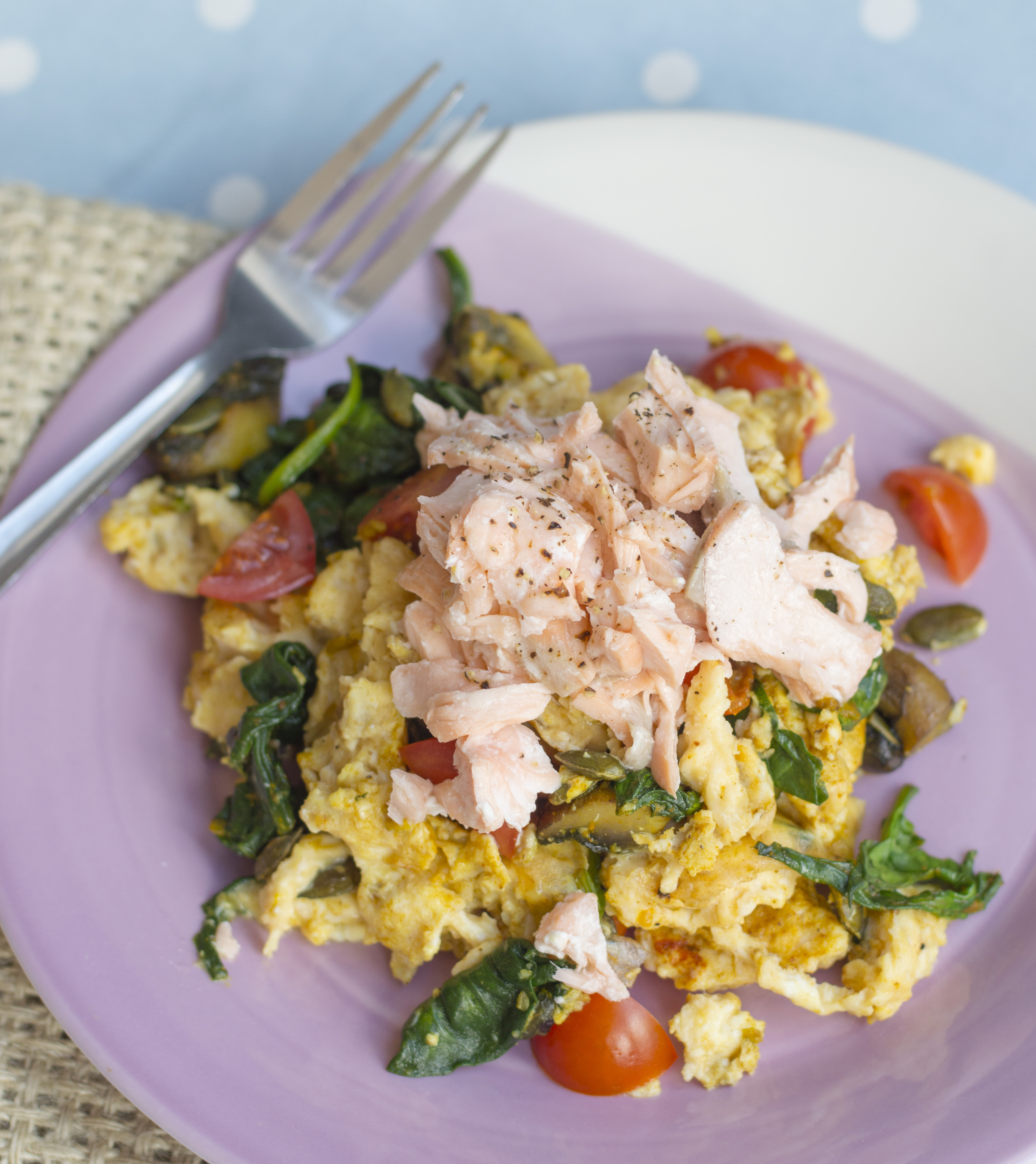 Flaked Salmon with Curried Eggs