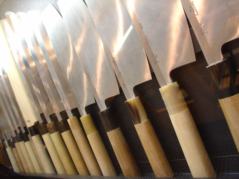 japanese_kitchen_knives_by_everjean_in_kyoto