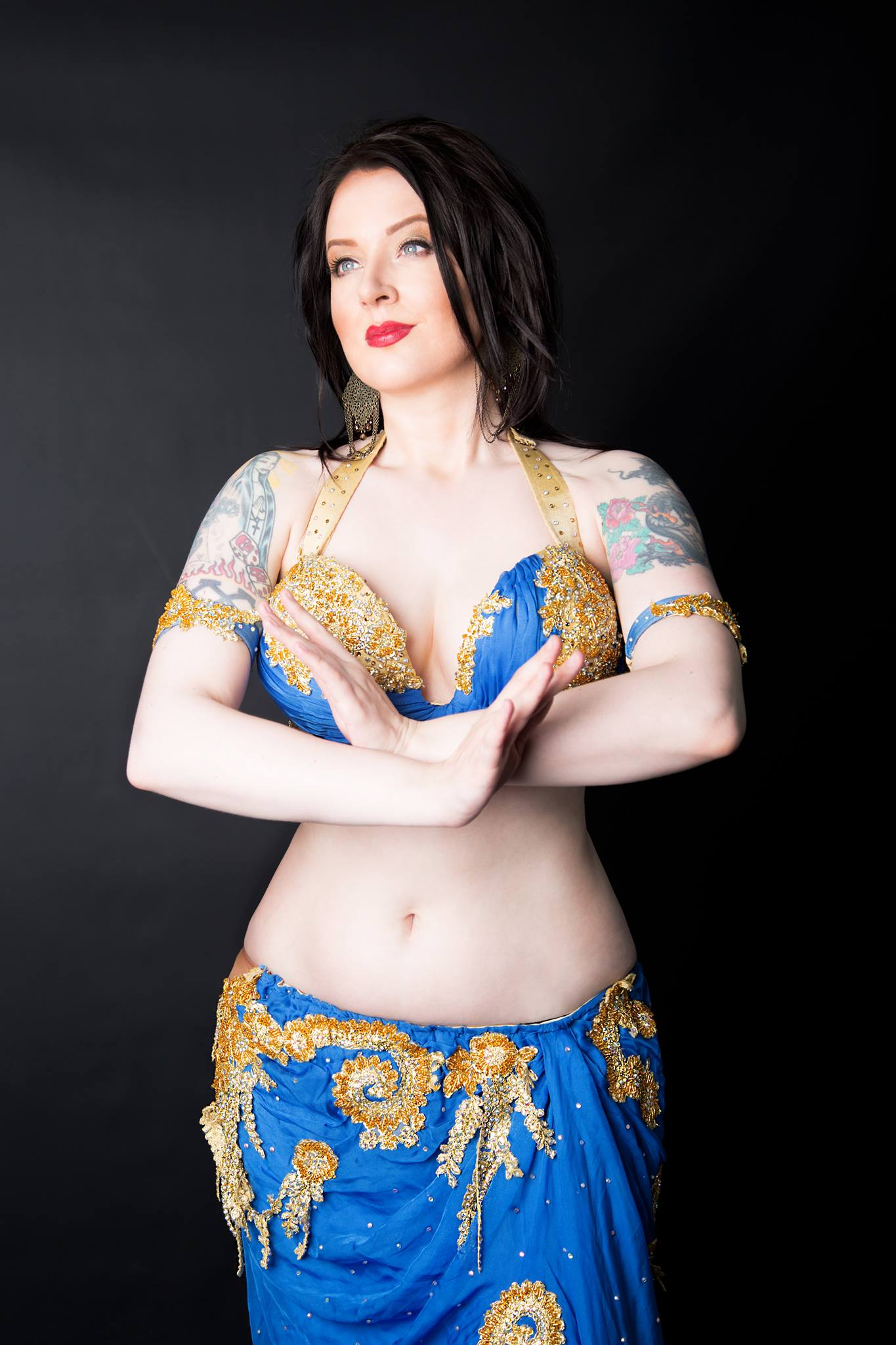 VIctoria professional belly dancer available to book for your event or party