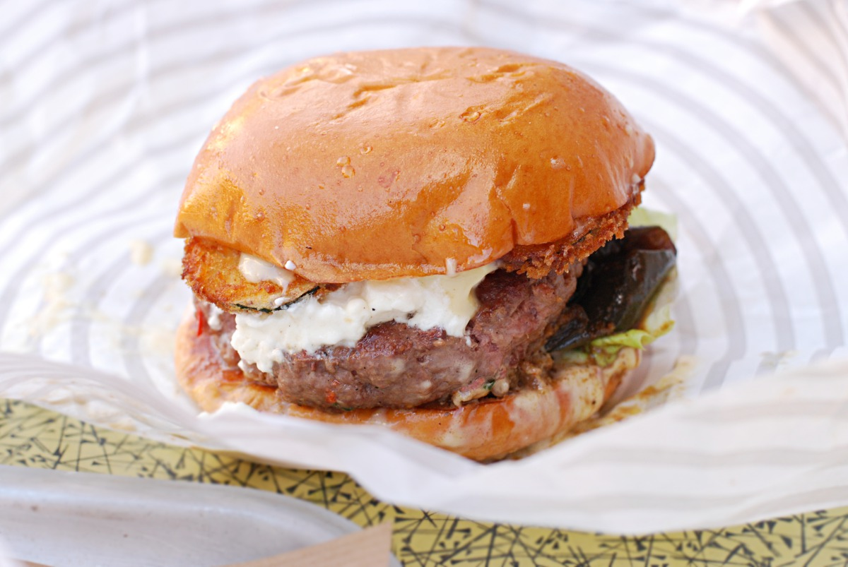 lamb burger patty bun