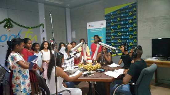 Les Show Girls à la MBC Radio