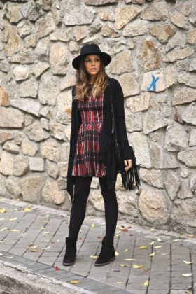 Tartan Winter Clothing Trend For Girls This Fall Season