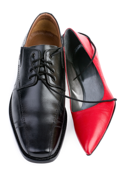 Shoes For Men And Women To Be Worn Casually