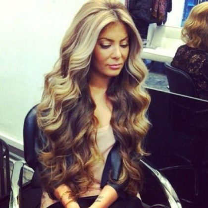 How To Get Beachy Waves By Following These Tips
