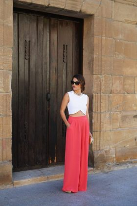 Soft Color Outfits Trend In Summer End and Autumn Season