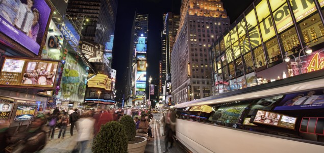 Ride around in a town car or limo for your New York transportation
