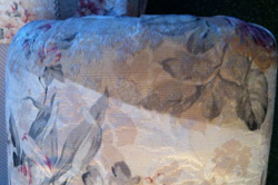 upholstry-cleaning-1