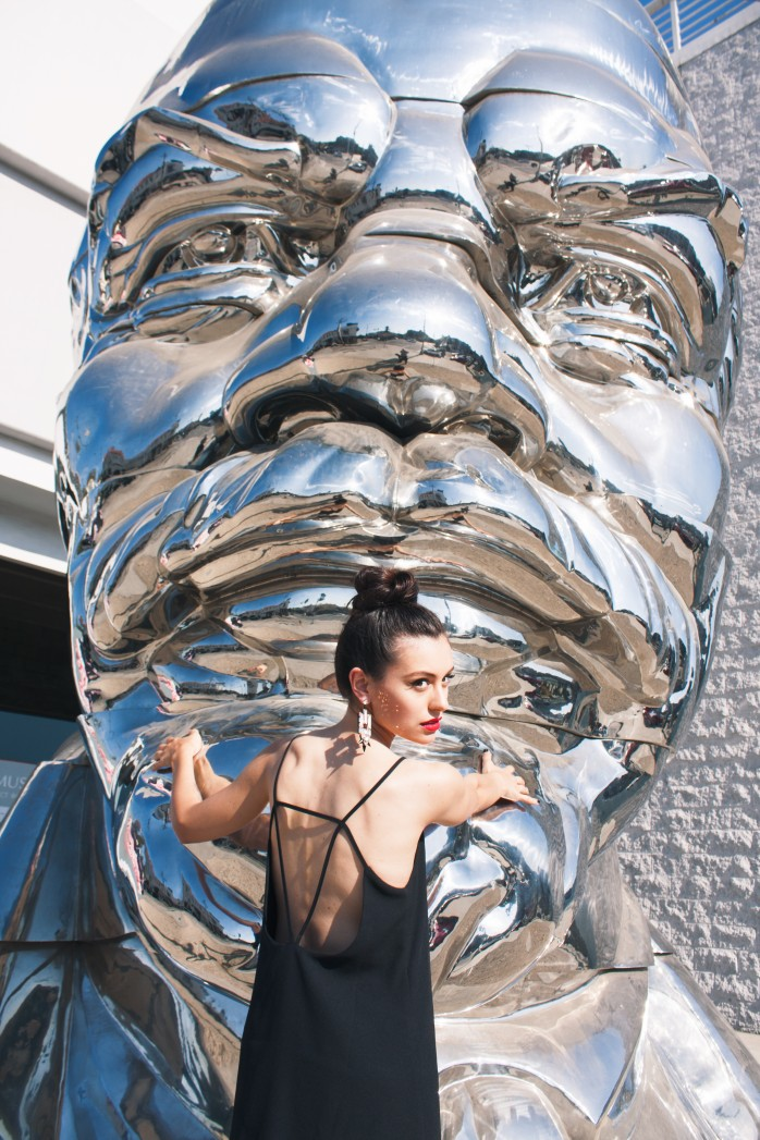 La Brea sculpture
