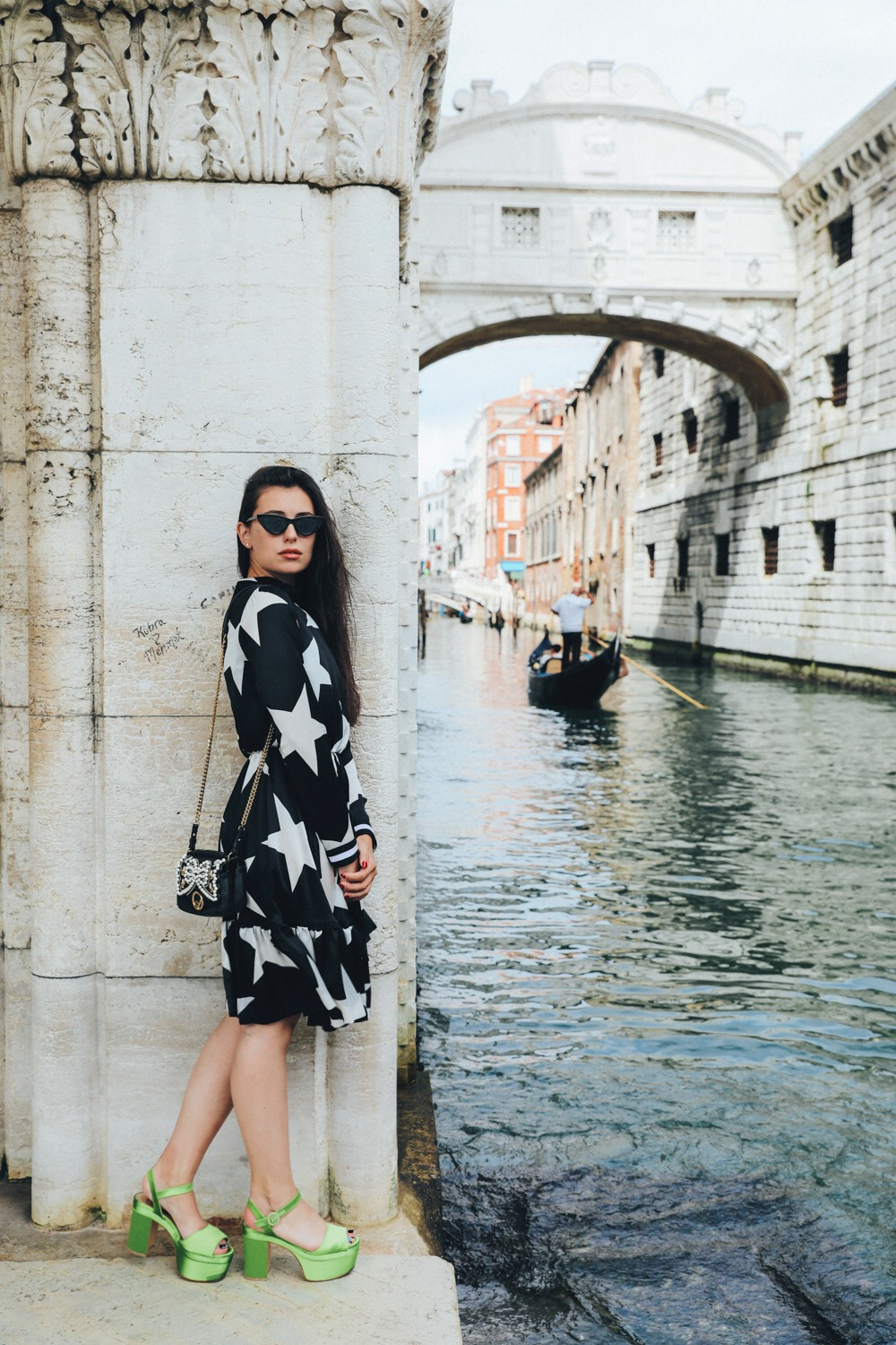Actress and Influencer Marta Pozzan in Venice for Film Festival 2017 wearing MSGM and Fragiacomo.