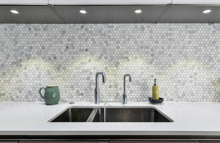 Kitchen sink and geometric tiles