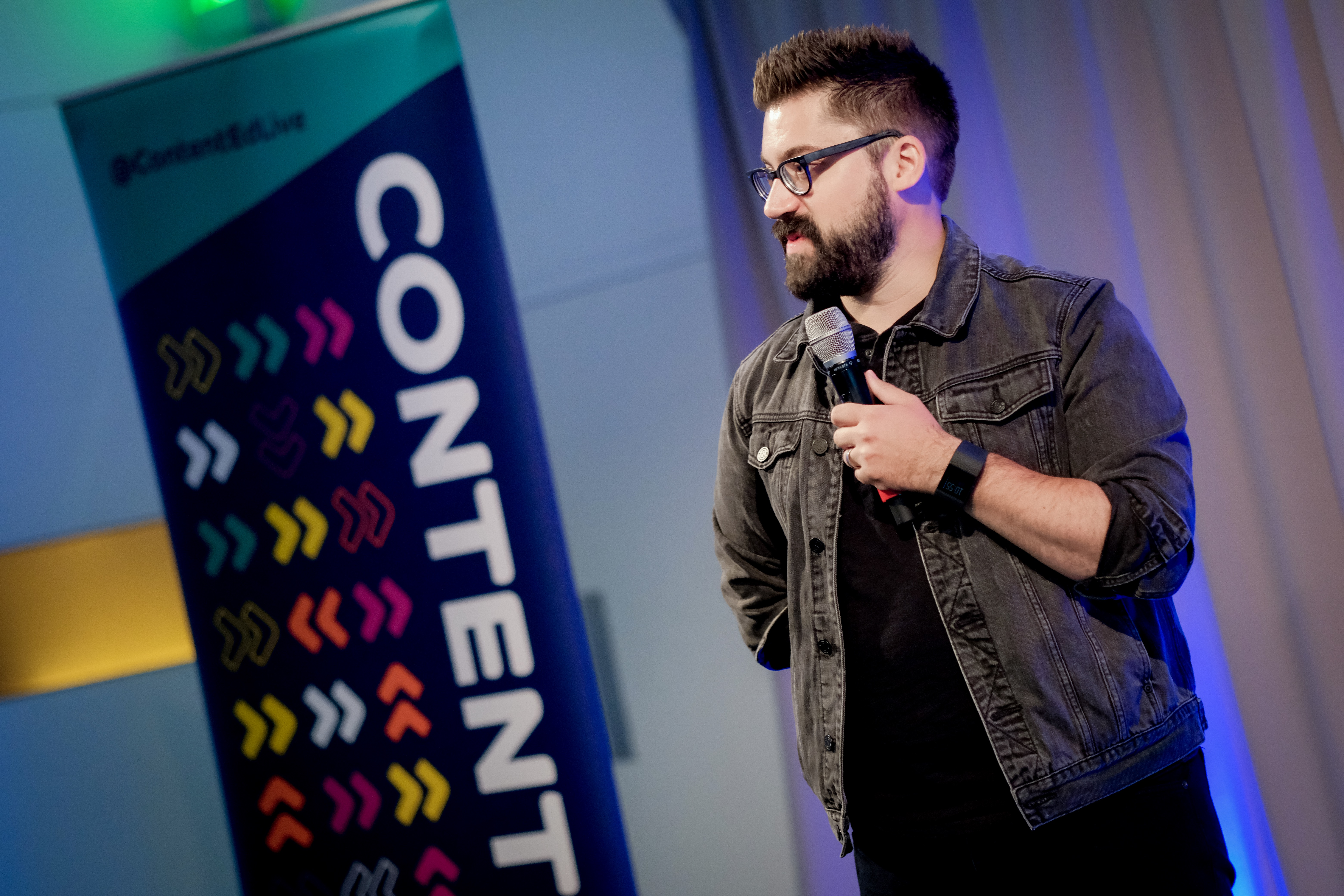 Austin Kleon on stage at ContentEd 2019.