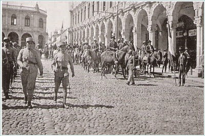 Army in Plaza de Armas circa 1930