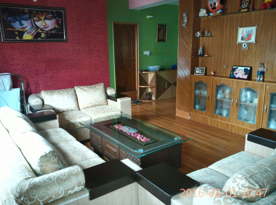 4 Bhk Flat For Sale at Near Lakshmi Nagar Panthaghati  Shimla —  Semi Furnished —Drive in With Covered Parking — Covered area – 1280 Sq ft —- 1.5 Km Link from Panthaghati —  Price – 64 Lakhs