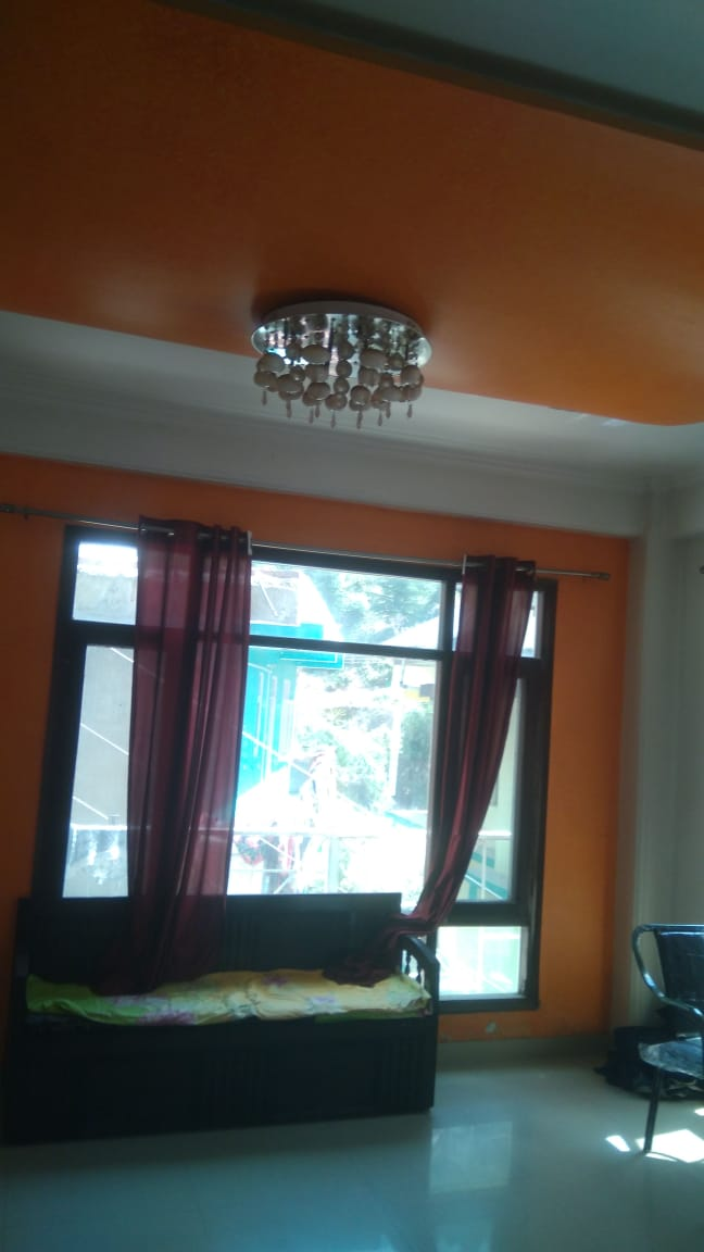2 Bhk Flat For Sale at Panthaghati Shimla — Drive in —- Covered Area – 1100 Sq ft —- Only 500 m Distance from Main Road  —- Price- 49 Lakhs