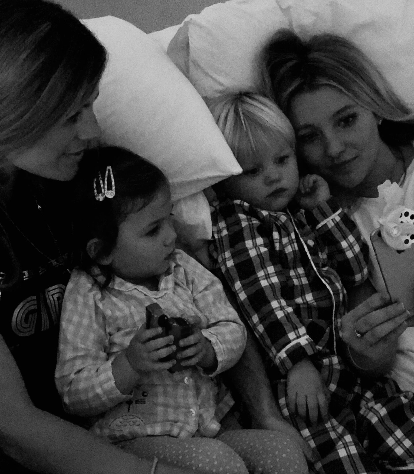 Magical bedtime stories with Moonlite