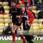 15 Apr 2001:  Scott Murray of Saracens leaves the field with an injury during the Zurich Premiership match between Saracens and Newcastle Falcons played at Vicarage Road, London. Mandatory Credit: Dave Rogers/ALLSPORT
