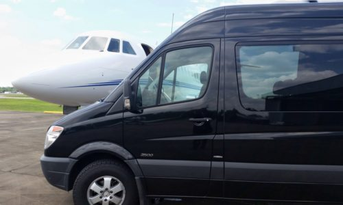 Hudson Valley Trips offers Airport Shuttle Service in Orange County NY