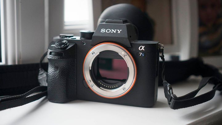 Geek Blog Alert!  Wedding videographers moving from Canon to Sony…