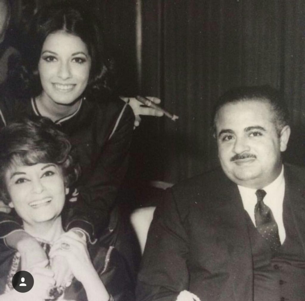Adnan Khashoggi with mother Samiha Khashoggi and sister Soheir Khashoggi