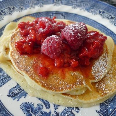 photo of lemon ricotta pancakes
