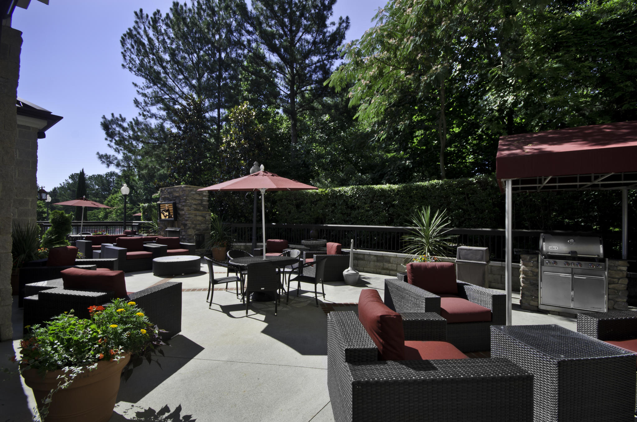 Hampton Inn & Suites Raleigh / Cary NC Outdoor patio