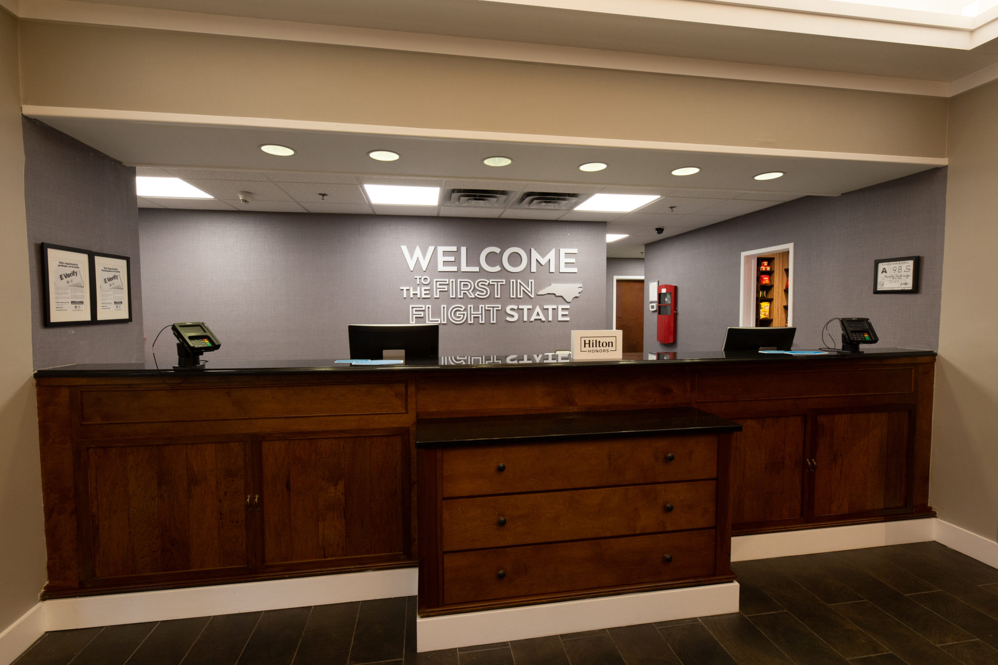 Hampton Inn & Suites RaleighCary I-40 (PNC Arena) lobby front desk