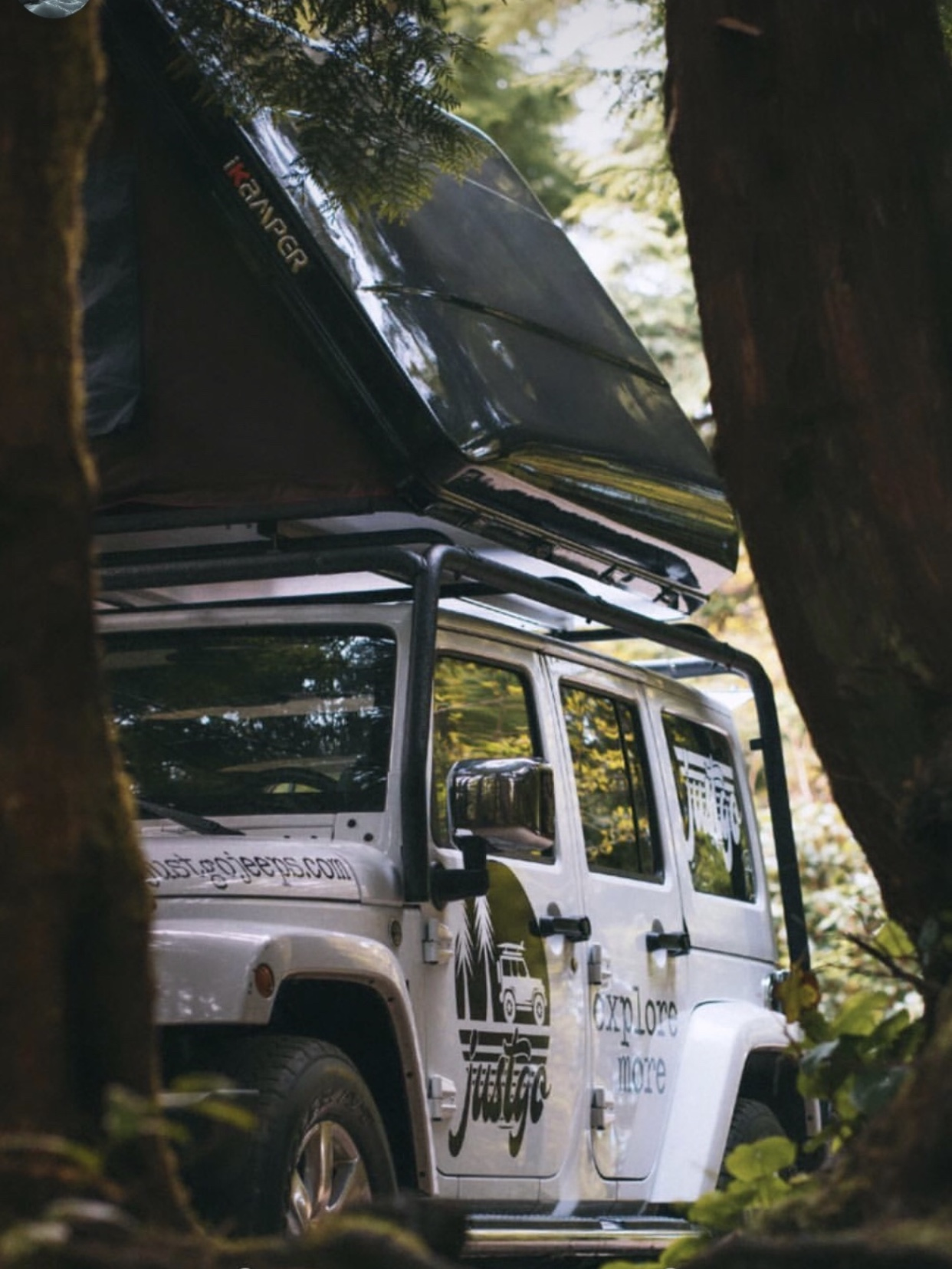 overland jeep rental hire vancouver island canda camping car