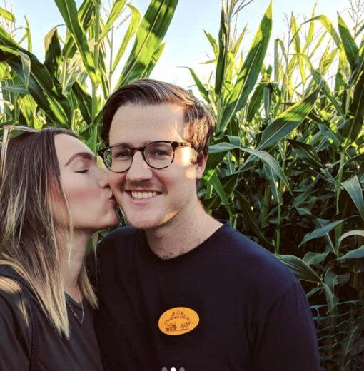 Corn Maize Couple