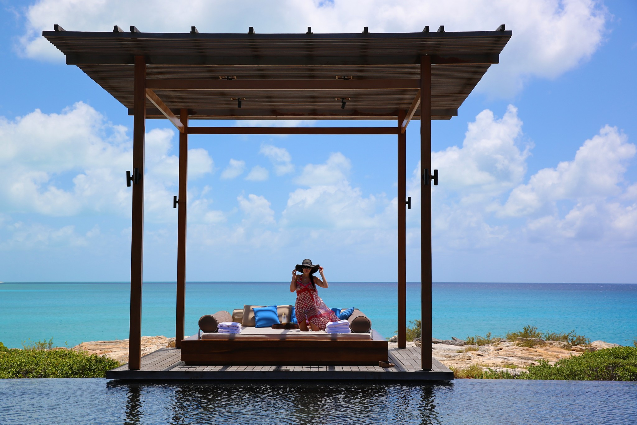 Luxury Beach Villa: Turks & Caicos
