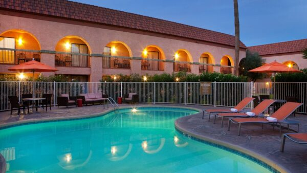 Four Points by Sheraton Tucson Airport-pool