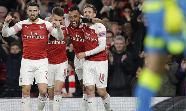 Arsenal Segera Rampungkan Pembelian Bek Baru