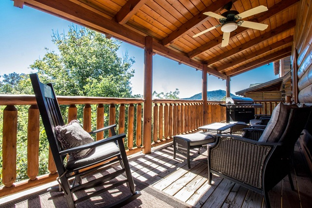 vacation rental outdoor porch