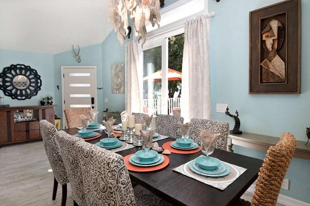 summer decorating dining room rental