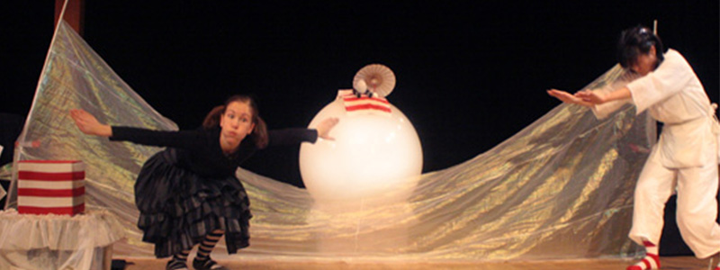 Puppetry Festival -- I Laid An Egg
