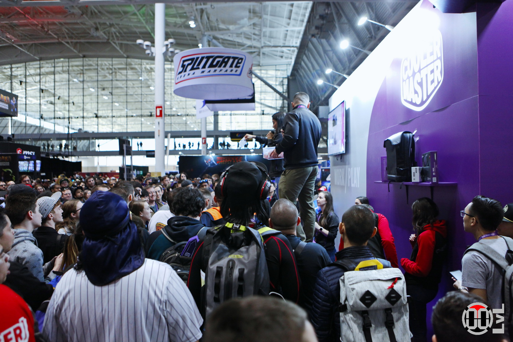 PAX-East-19-100