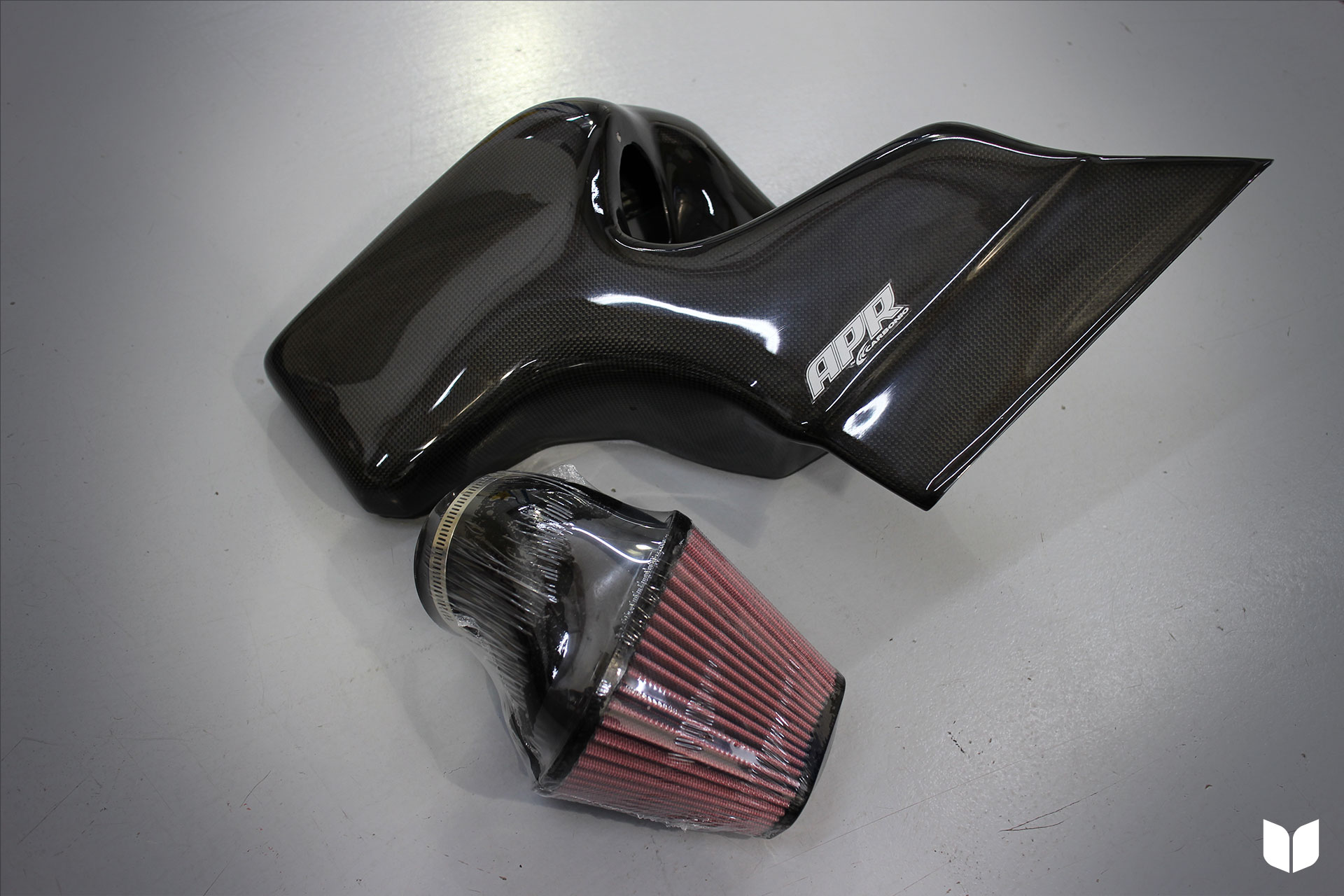 Carbonio Carbon Fiber Cold Air Intake System by APR