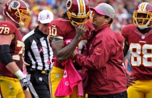 Robert Griffin III Practices, Still Not Cleared to Play for Redskins