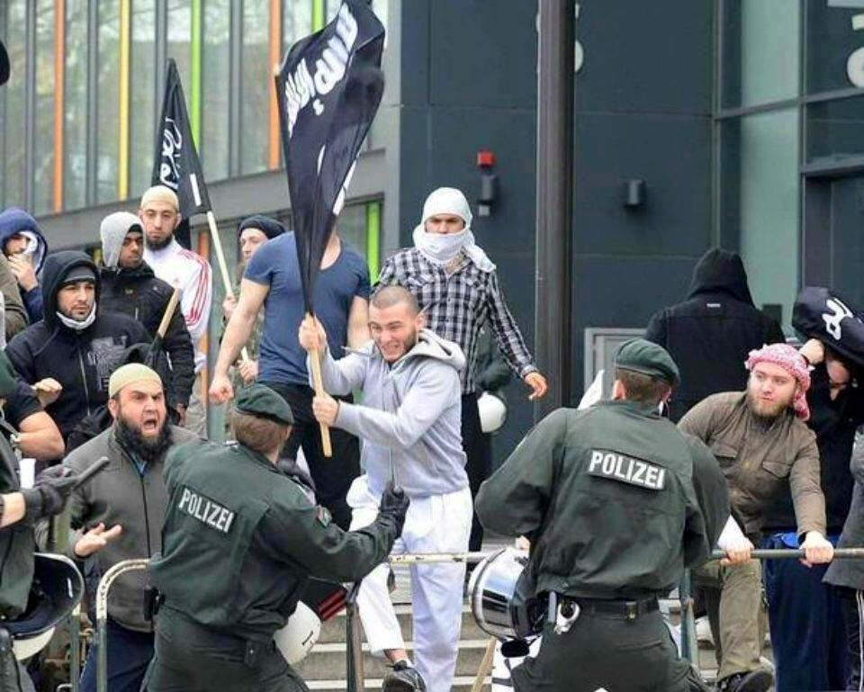isis-fight-german-police