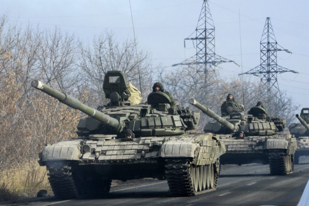 pro-russia-military-vehicles-tanks-donetsk-ukraine
