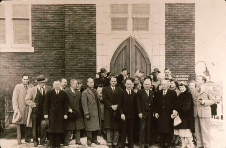 Here is a closer look at the historic photo.  don't you wish the church still had those original doors?